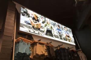 retail-light-boxes