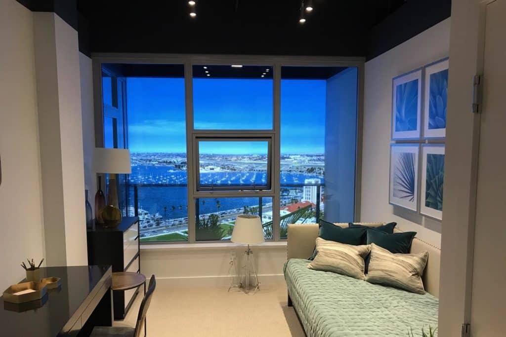 showroom-light-boxes